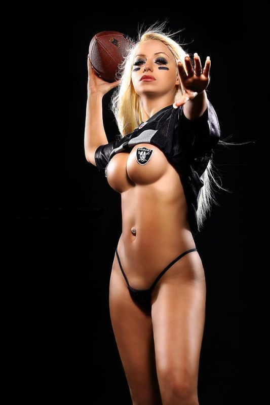 naked-hotties-of-college-football-naked-hot-puerto-rican-pussy